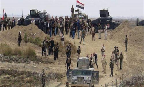 美军失去往日锐气,高速公路上遇阻不敢还手,连叙政府军也要躲