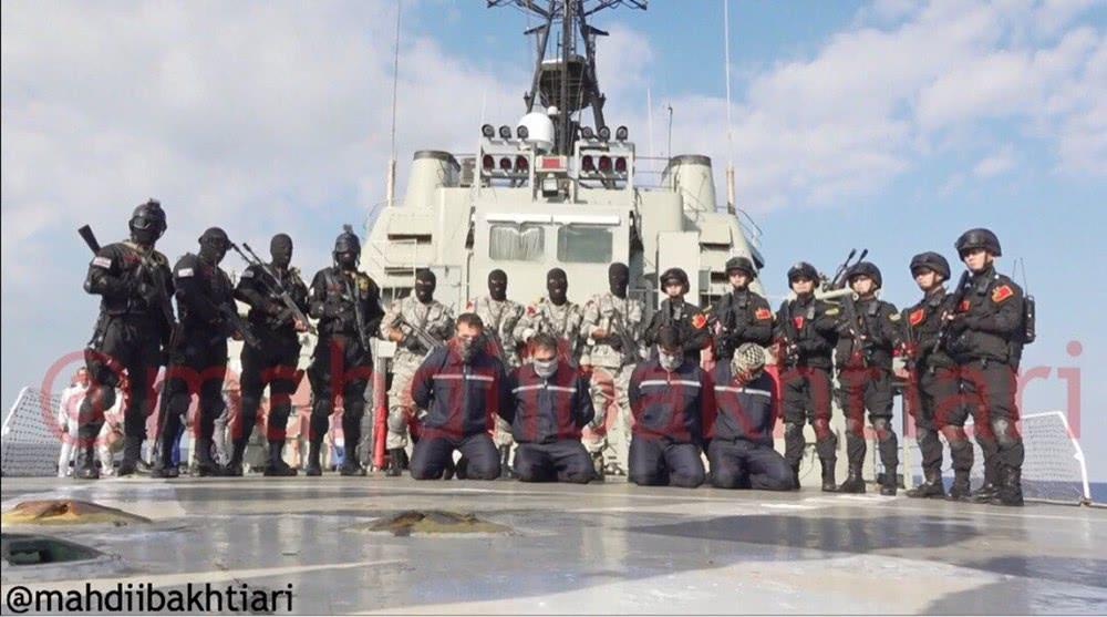 同时和伊朗两大特战队海上突击演习!中国海军特战队罕见开火