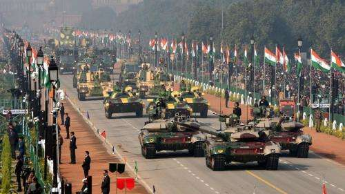 """印度日庆祝活动""""亮点""""并不是武器装备,而是她!"""
