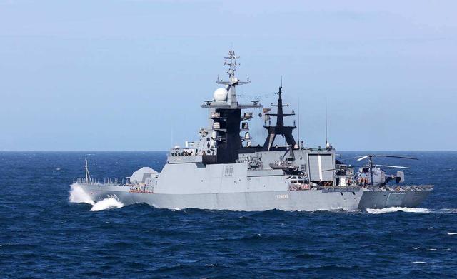 美国在后头撑腰,印尼在南沙划下200海里,驱赶中国渔民宣布主权
