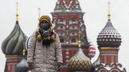 不惜一切,普京作出一困难决定:陪中国一同抗击疫情