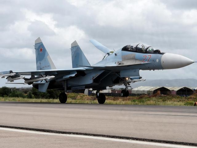 土耳其失策!俄战机倾巢出动猛烈空袭,埃尔多安呼吁:北约介入