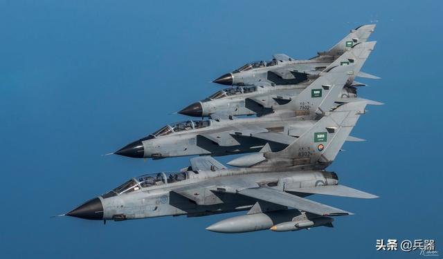 胡塞又胖揍沙特:又一架战斗机被击落!视频拍下了绝杀精彩全程