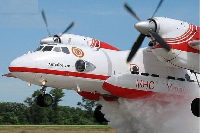 这架飞机为印度量身定做,却受中国空降兵青睐,一口气进口63架