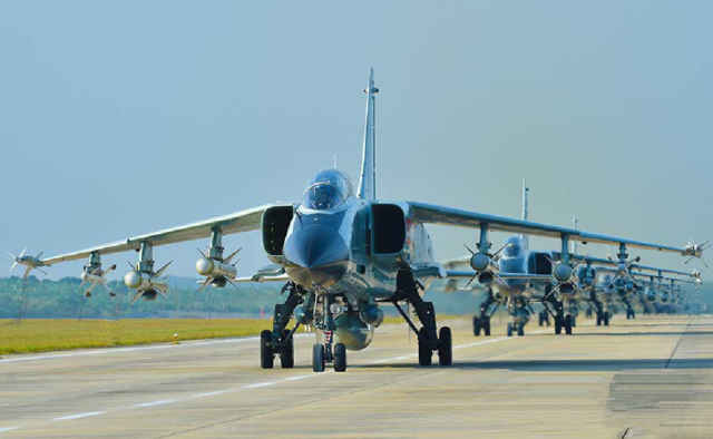为什么无人敢偷袭中国?专家:33个航空师随时待命