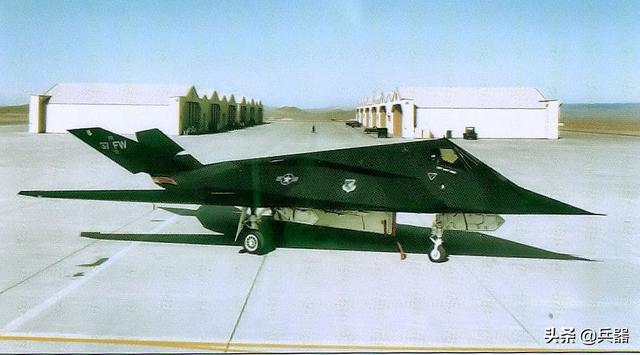 F-117隐身战机被摆上网出售?平民也可下单,这到底是怎么回事?