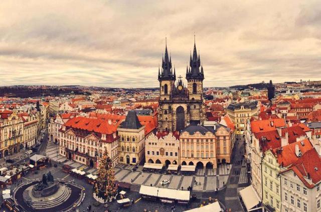 干涉我国内政!中方切断赴布拉格航线,大批企业哀嚎不止