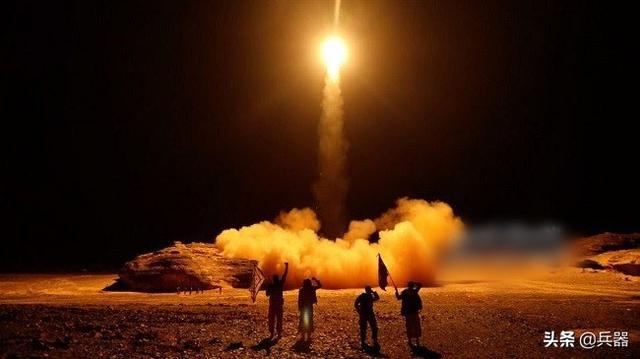 沙特又被弹道导弹打了!烧了无数钱,却就是打不赢穿拖鞋的游击队