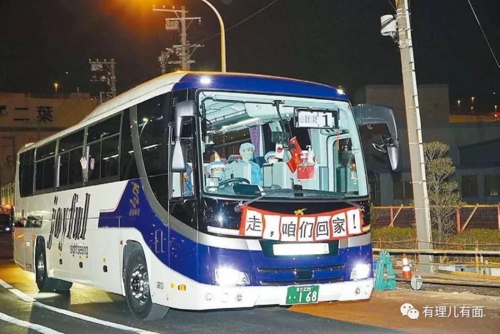 暴力示威卷土重来,香港经济却再也伤不起了