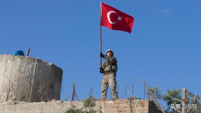 土耳其大军是草包?又被叙利亚揍了:又有大兵被击毙,扬言要复仇