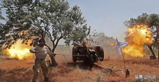 叙俄打死十几名土耳其侵略军!近100万难民遭殃,土军扬言要大打