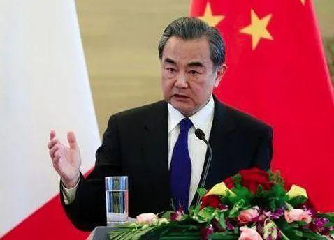 第一个发来声援,如今深陷苦战,中国投桃报李