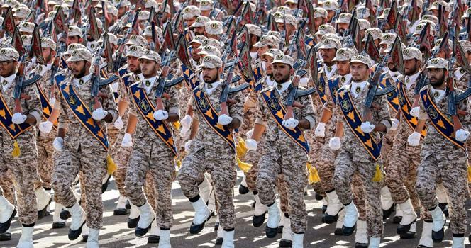 美为何不对伊朗开战?张召忠给出答案,4字精辟概括