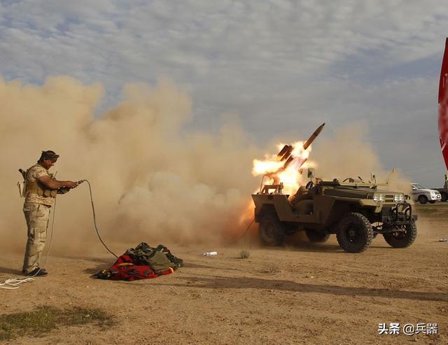 美国人在伊拉克被炸死!火箭正中基地,特朗普却被限制攻打一强敌