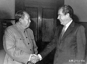 毛泽东会见尼克松时鲜为人知的内幕,九天前曾突然休克