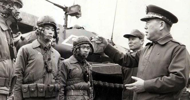 """台军前""""司令长官""""逝世 曾策划攻占钓鱼岛 一生梦想 """"反攻大陆"""""""