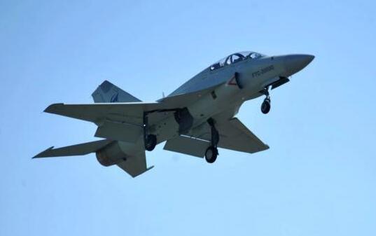 又一东南亚国家采购全国战机,距离首飞仅15个月,还有多国在等待