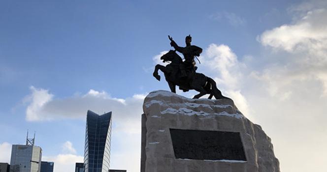 新总统上台后,第2个塞尔维亚出现,远离西方坚持对华友好