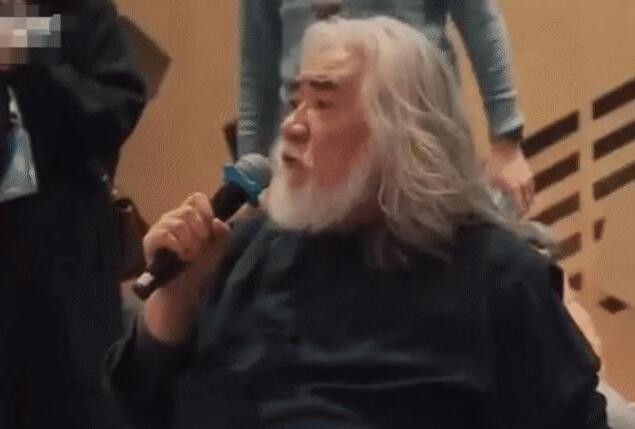 """导演张纪中曾""""连扇""""小鲜肉3巴掌,小鲜肉当场变脸"""