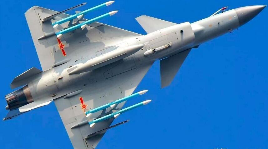 国产歼-10C做工细节已大幅度的提高