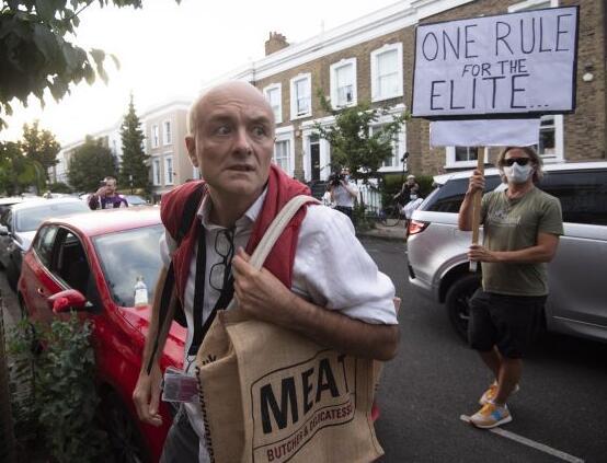 约翰逊力挺违反居家令助手 英政府官员竟拿威胁抗议