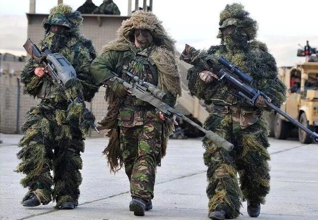 沉默刺客的隐身神器 中国陆军狙击手新型吉利服首次亮相