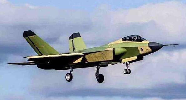 新版FC-31带来两大好消息:新型发动机完成,舰载隐身战机成功