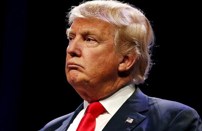 """特朗普称""""敢抢劫就开枪"""",出自美国上世纪60年代的强硬警长"""