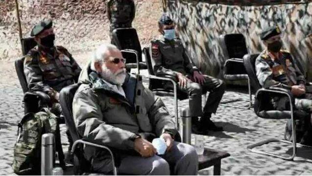 莫迪看望中印冲突受伤士兵是作秀?印度军方急了!
