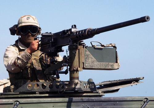 中国军工的奇迹:一则国外假情报,逼出全球最轻的大口径机枪