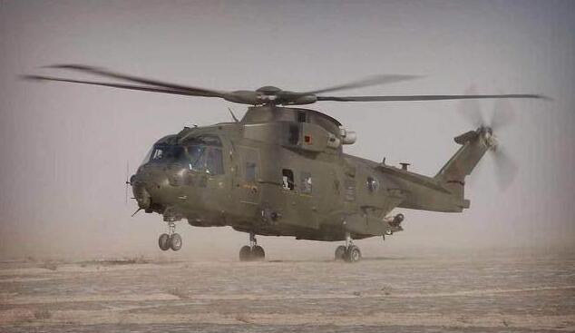 我国陆航又添猛将,可向高原运输155MM榴弹炮!