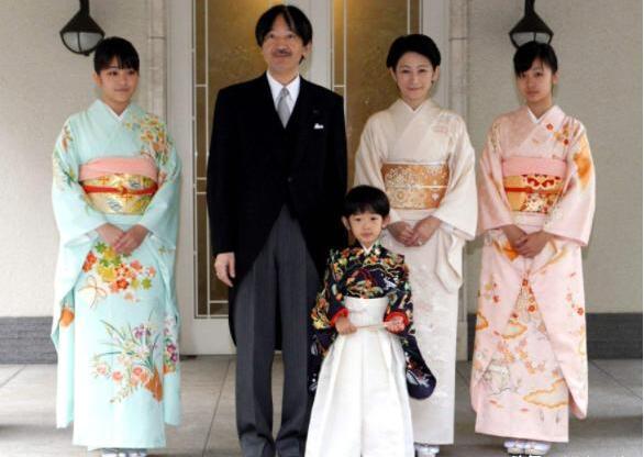 为什么中国禁止近亲结婚,日本还提倡兄妹联姻?原因让人唏嘘