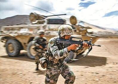一切向實戰靠攏! 新疆軍區各步兵師已轉型為合成部隊