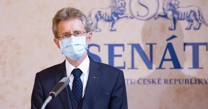 """谁在支持捷克参议长""""访问""""台湾?"""