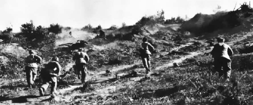 """韩军几万人被当炮灰 中国在朝鲜一场""""惨败""""之后 美军一个团被戏耍到崩溃!"""