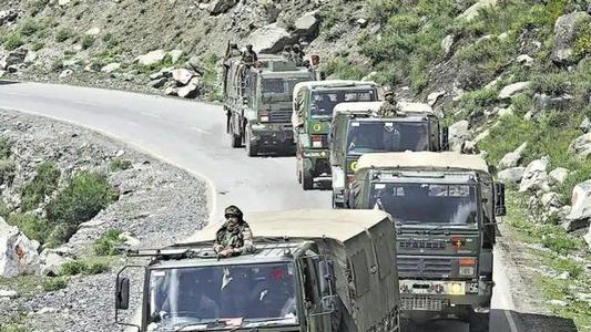 王毅直言:印军的当务之急是立即停止开枪挑衅等危险行为