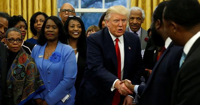 别有用心?特朗普为争取黑人选民连这招都用上了!