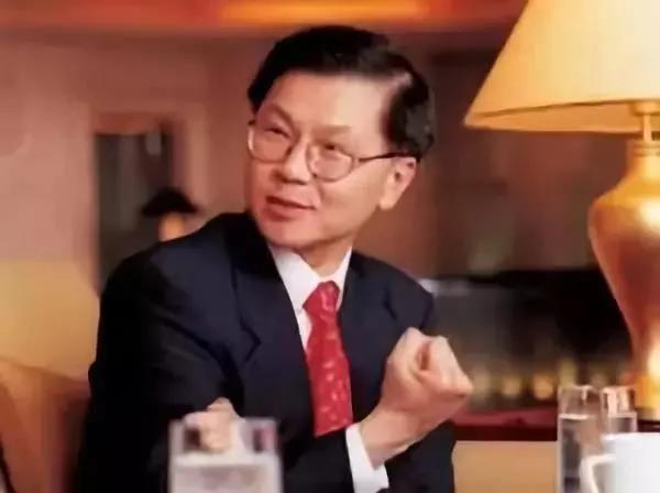 """3天出院 """"9天转阴"""" 特朗普的""""救命大神"""" 竟是一位华裔医生?"""