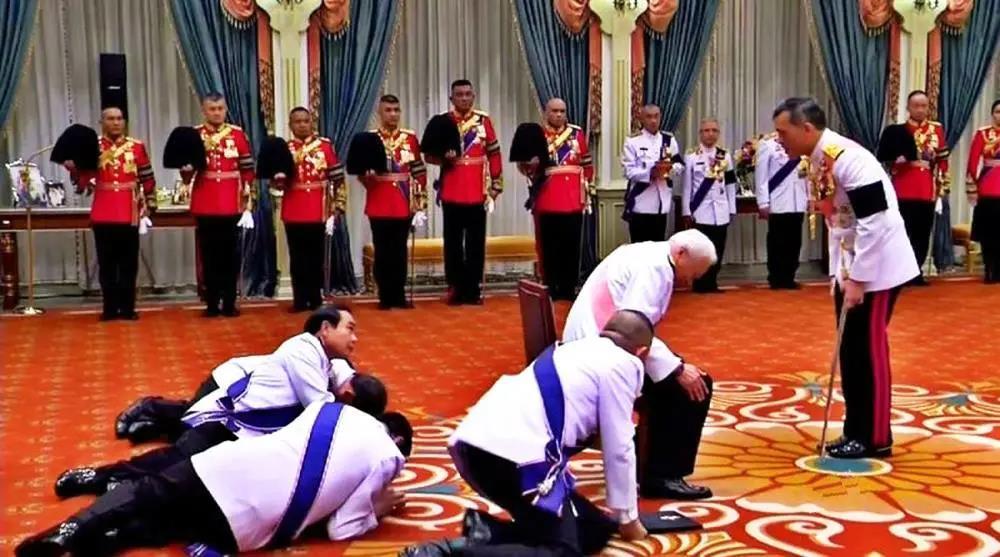从泰国王室财富的秘密,读懂人性与权力游戏
