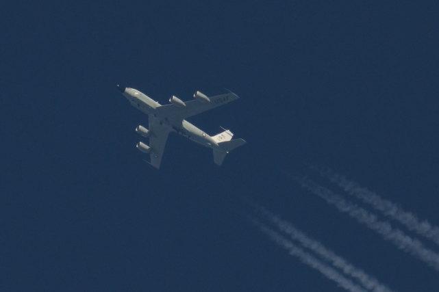 美军侦察机今早飞越台北上空?台军紧急辟谣