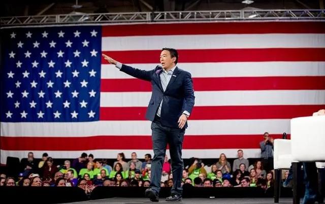 美国新任商务部长?华裔混成美国上流人,中国的敌人还是朋友?