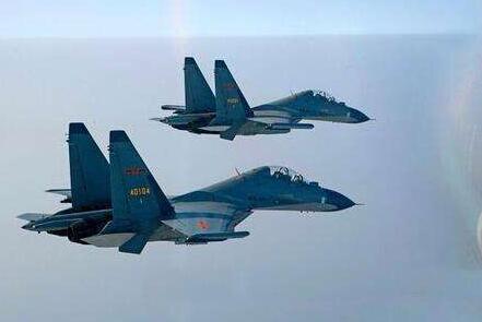 中国空军创下连飞十小时纪录 专家:放世界空军史上都屈指可数