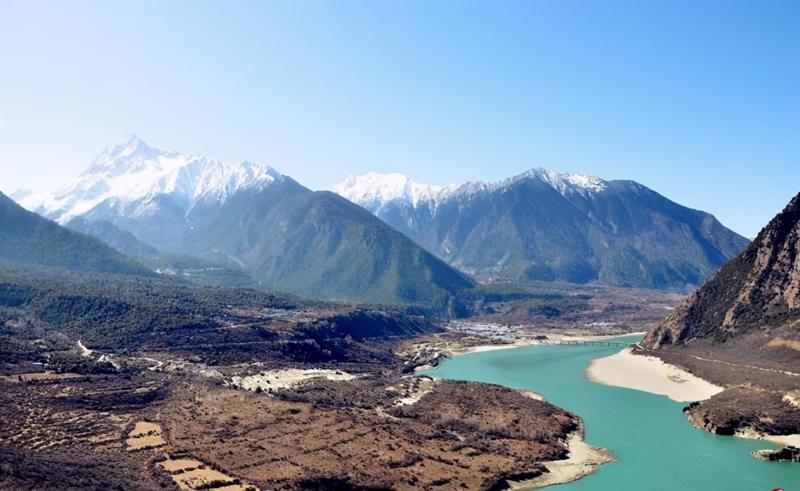 """中国修水电站是""""卡脖子""""?印官员:印度也要建坝抗衡"""