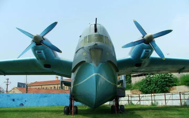 中国海军最短的板子:60年来仅靠4架二战反潜机保卫海洋!