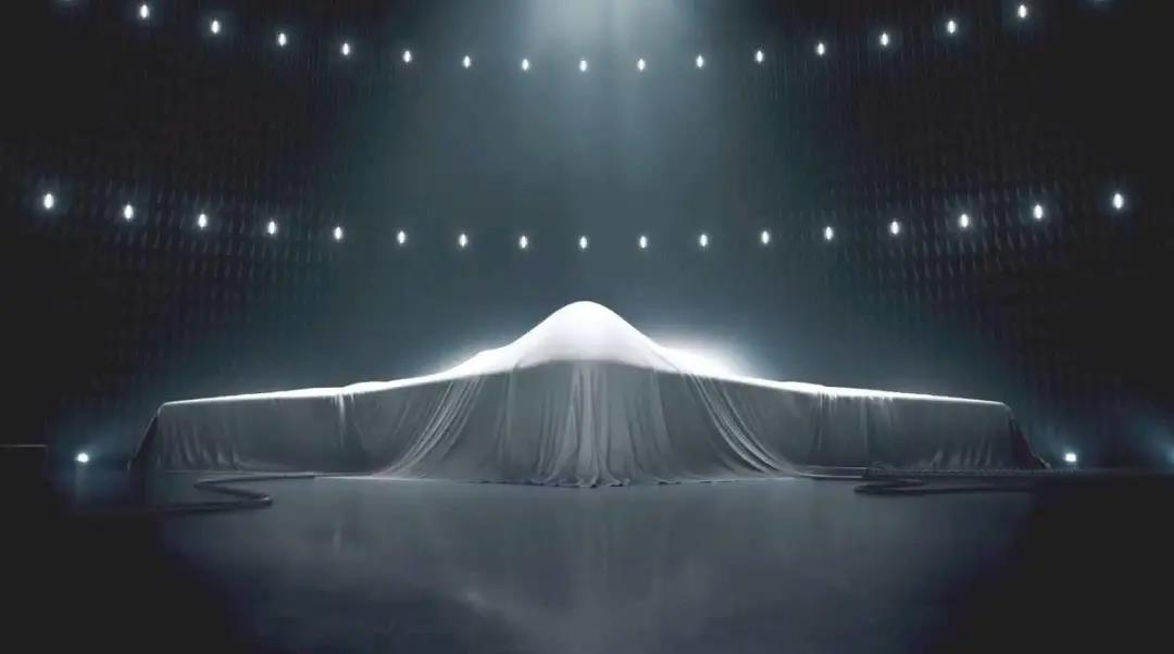 别急着期待新大轰,中国拥有全球最年轻的现役轰炸机!