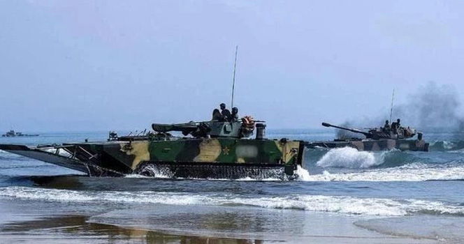 海军有陆战队,陆军有海战队吗?跨界,都是解放军玩剩下的