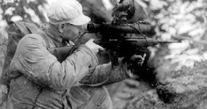 """击落直升机,缴获夜视枪!志愿军面前,""""黑科技""""成战利品"""