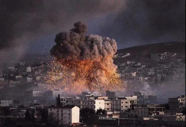 美空袭叙利亚+收拾沙特,有3大隐秘意图!