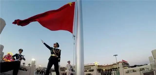 在台湾问题上就那么不甘心?美专家:部署导弹瞄准解放军攻台部队