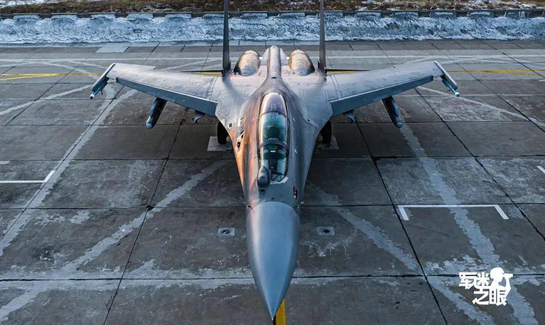飞行教官眼中的歼-16:攻防兼备没短板